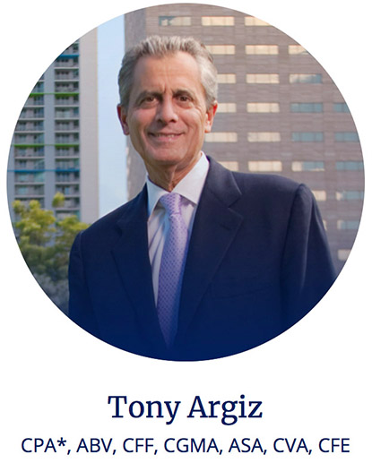 Tony Argiz '70 Honored as Miami Chamber 'Man of the Year'