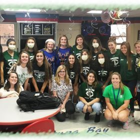 TC Women's Lacrosse Give Big for Christmas
